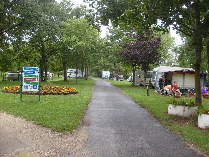 Camping de L'Isle aux Moulins©