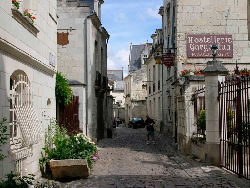 """Tourism & Handicap"" route – The fortified town©"