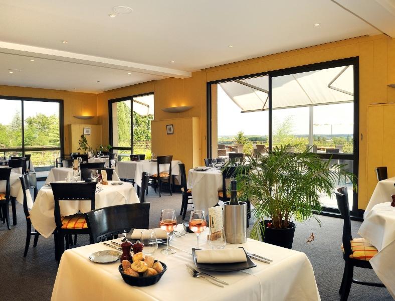 Restaurant Les Terrasses Luccotel©